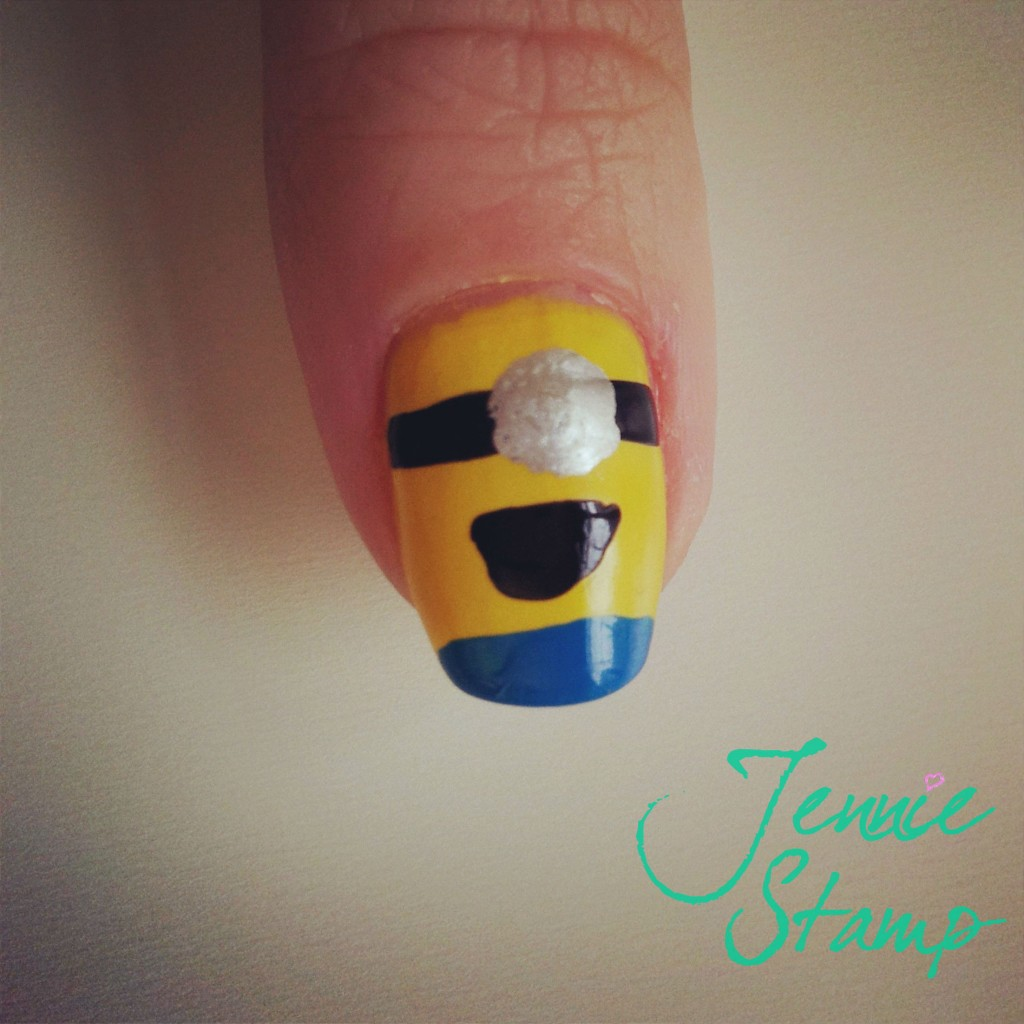 Despicable Me Nail Art